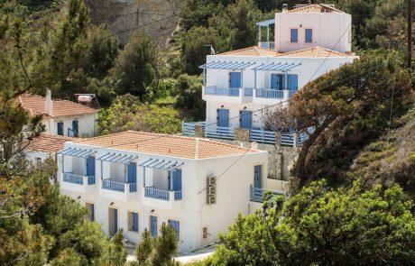Κατασκευή τουριστικών ενοικιαζόμενων κατοικιών